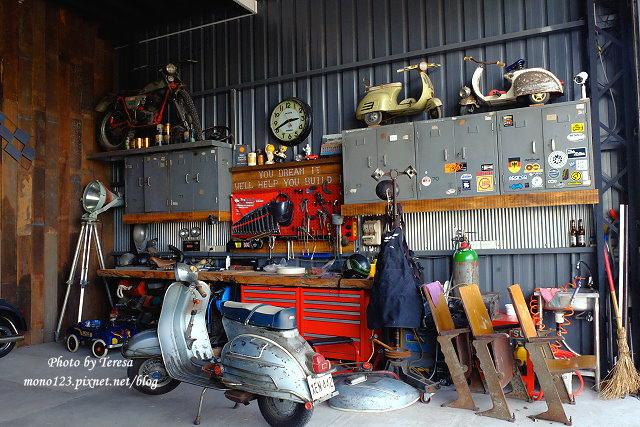 1444057100 1771670132 - 神岡咖啡│BAKKU Garage 老車車庫.一群熱愛偉士牌的車友所打造的休憩空間,販售的除了配備、飲料,還有濃濃的人情味