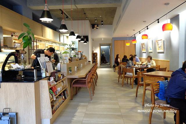 1459871240 2007330212 - 【台中豐原】斯比亞咖啡.新環境新氣象,環境寬敞舒適,餐點選擇性變化多,質感也更好