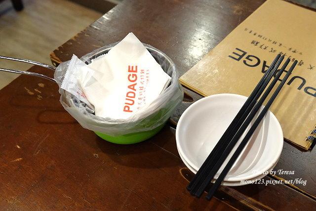 1461596640 1465264700 - 【台中逢甲】朴大哥的韓式炸雞.逢甲名店朴大哥搬新家囉,新店環境寬敞乾淨,炸雞一樣酥脆好吃,辣的不辣的通通有,還有甜甜的馬格利里酒