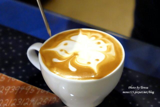 1469379035 71207182 - 【台中豐原】黃金咖啡館.咖啡拉花達人美技,現場表演桌邊拉花,杯杯是創意、杯杯是驚喜,近廟東商圈、太平洋百貨