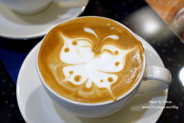 1469379036 2341697642 - 【台中豐原】黃金咖啡館.咖啡拉花達人美技,現場表演桌邊拉花,杯杯是創意、杯杯是驚喜,近廟東商圈、太平洋百貨