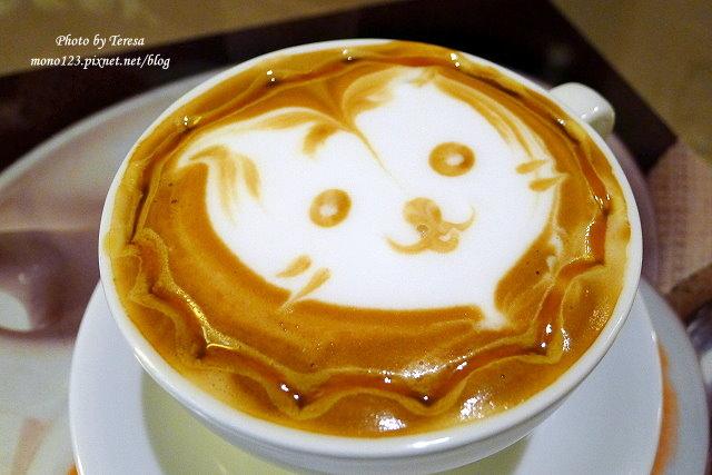1469379042 640660449 - 【台中豐原】黃金咖啡館.咖啡拉花達人美技,現場表演桌邊拉花,杯杯是創意、杯杯是驚喜,近廟東商圈、太平洋百貨