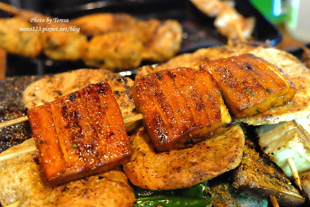 1470415209 4025261394 - 【熱血採訪】一串入魂Dozo串燒.藏身在小巷弄裡的日式串燒店,提供免費的昆布湯,更有日式串燒少見的豆干、米血、豆腐和甜不辣,入味好吃又不油膩