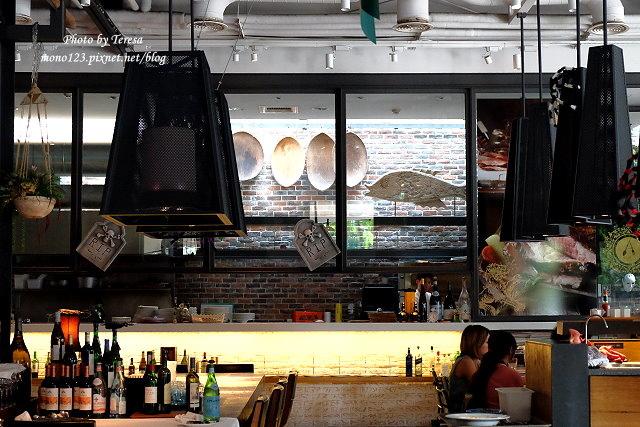 1476466654 3587679394 - 【台中西區.餐酒館】bistro 88義法餐酒館.有慵懶氛圍的餐酒館,早餐還有龍蝦三明治