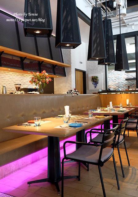 1476466664 3870262545 - 【台中西區.餐酒館】bistro 88義法餐酒館.有慵懶氛圍的餐酒館,早餐還有龍蝦三明治