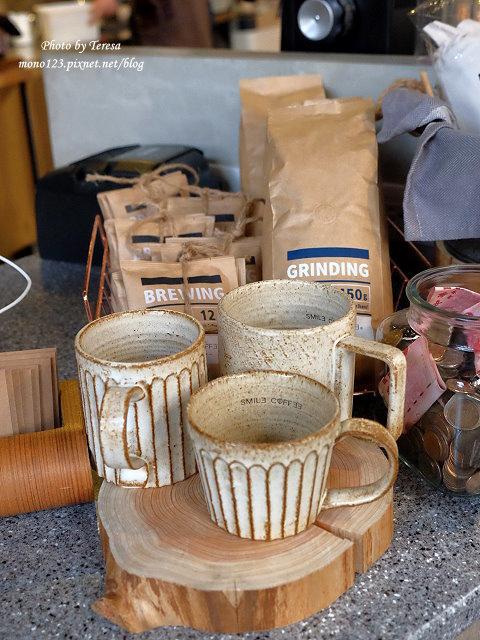 1476890942 3955364418 - 【台中北屯.早午餐】Send Smile Coffee 憲賣咖啡@熱河店.裝潢大器有質感,餐點有特色只是價格偏高,設有內用區和外帶區