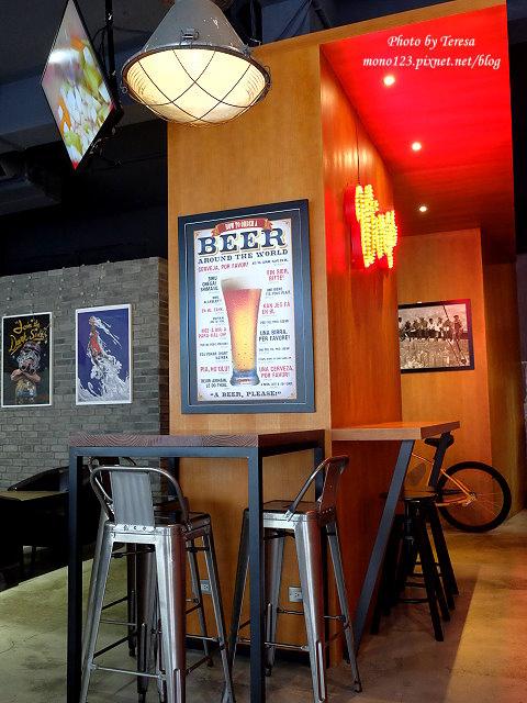 1477583983 2959153505 - 【台中北區.餐酒館】Emma`s Cafe.美式工業風格的餐酒館,早午餐、義大利麵、燉飯都有,晚上還有龍蝦三明治,近中國醫藥大學、中友百貨