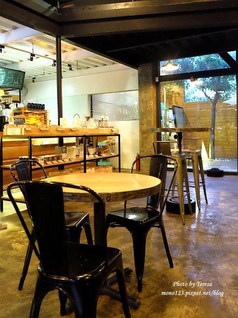 1478448419 1556983274 - 【台中西屯.下午茶】手樂S.L CAF`E.中科附近工業風格的咖啡館,有全時段的輕食和午後嚴選的甜點,咖啡有厚度~