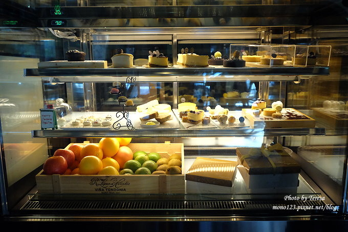 1478448432 2995316105 - 【台中西屯.下午茶】手樂S.L CAF`E.中科附近工業風格的咖啡館,有全時段的輕食和午後嚴選的甜點,咖啡有厚度~