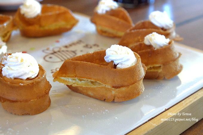 1478448470 4118520365 - 【台中西屯.下午茶】手樂S.L CAF`E.中科附近工業風格的咖啡館,有全時段的輕食和午後嚴選的甜點,咖啡有厚度~
