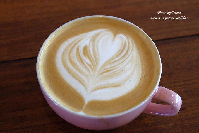 1478448496 747273373 - 【台中西屯.下午茶】手樂S.L CAF`E.中科附近工業風格的咖啡館,有全時段的輕食和午後嚴選的甜點,咖啡有厚度~