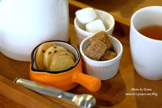 1478968505 4207740475 - 台中西區︱日札小店,有好吃戚風蛋糕和厚鬆餅,也有客製化的手工蛋糕預定服務