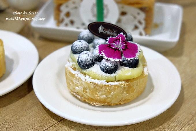 1479313522 2027204675 - 【台中豐原】格外幸福法式甜點 Que du Bonheur.以千層派的派皮為基底的法式甜點店,近豐原火車站、太平洋sogo