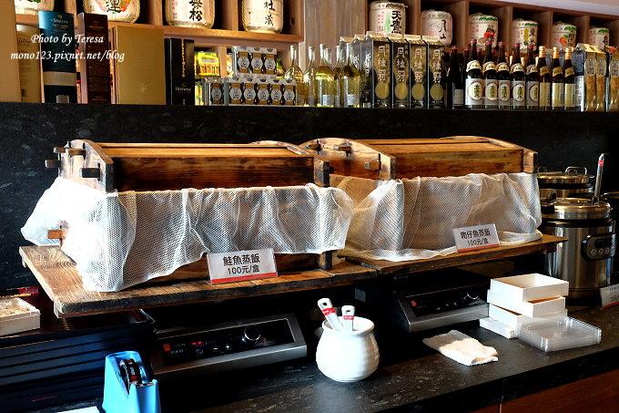 1481908276 2701711204 - 熱血採訪︱鮨樂海鮮市場 火鍋.新鮮食材看得到,四人海陸套餐豪華又霸氣,火鍋、日本料理、串燒、超市這裡通通有