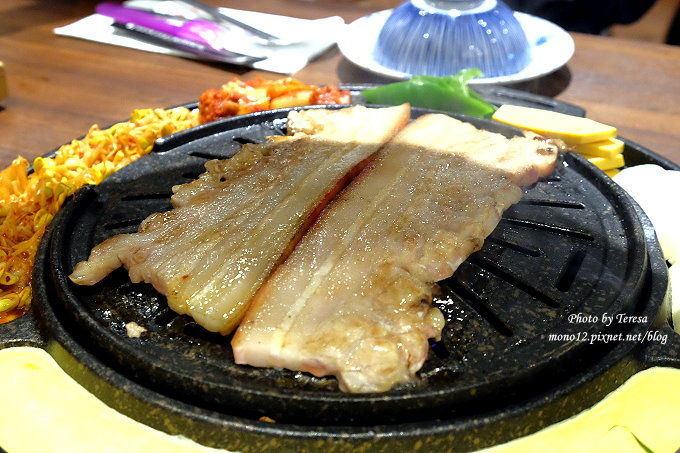1482684755 3884117106 - 台中西區︱滋滋咕嚕쩝쩝꿀꺽韓式烤肉專門店.藝人納豆開的韓式烤肉店來台中展店囉,只有雙人套餐,位於勤美綠園道旁邊