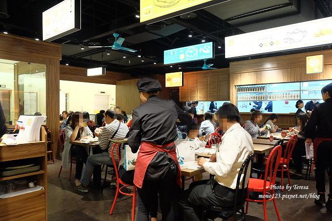1482770652 2684639432 - 熱血採訪︱點點心.由棒棒糖男孩的阿緯所引進的香港人氣港式點心來台中展店了,餐點平價口味好,新光三越10F