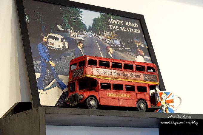 1482854416 441687077 - 熱血採訪︱台中東區︱漢堡巴士 Burger Bus.旱溪夜市旁充滿英國風味的早午餐店,還有許多可愛的紅色小巴士和水管人,近旱溪夜市、台中火車站