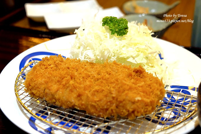 1485180807 3613179961 - 台中西屯︱MAiSEN 邁泉豬排,用筷子就可以夾斷的傳奇豬排,號稱東京最美味的超軟嫩炸豬排Ⓠ新光三越10樓