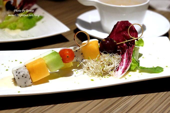1485181486 2768471804 - 熱血採訪︱台中南屯︱巴里義式餐廳.以地中海風情為主題的義式餐廳,餐點選擇性多,適合朋友或是家庭聚餐