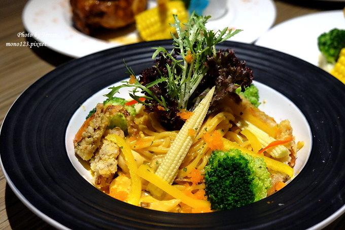 1485181504 3631017960 - 熱血採訪︱台中南屯︱巴里義式餐廳.以地中海風情為主題的義式餐廳,餐點選擇性多,適合朋友或是家庭聚餐
