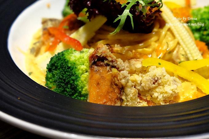 1485181505 3903892570 - 熱血採訪︱台中南屯︱巴里義式餐廳.以地中海風情為主題的義式餐廳,餐點選擇性多,適合朋友或是家庭聚餐
