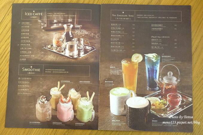 1485181552 2315856102 - 台中北區︱STAYREAL Cafe@一中店.五月天阿信所經營的潮牌店,一樓是服飾店,二樓是咖啡館