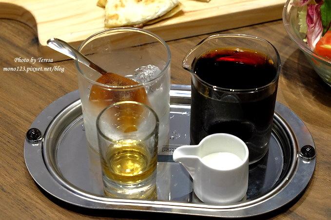 1486137908 2352349512 - 熱血採訪︱台中西區︱黑浮咖啡 RÊVE Café@台中店.高雄人氣餐廳進駐公益商圈.有全天候的早午餐、義大利麵、燉飯、烤飯、下午茶和自家烘培咖啡豆