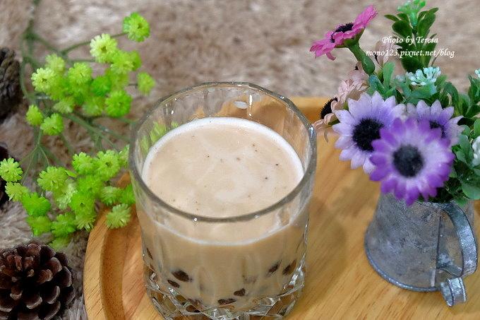 1491321128 2488539919 - 台中飲料︱春芳號.文青風格的手搖飲料店,復古風格茶杯很吸睛,地瓜奶茶系列有好喝