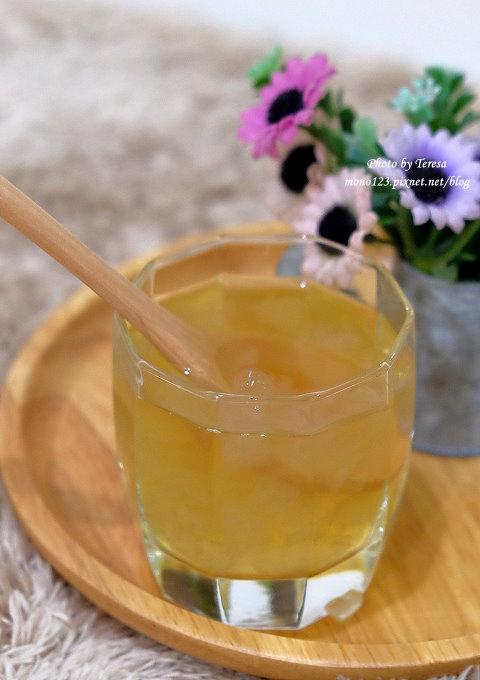 1491321131 776019767 - 台中飲料︱春芳號.文青風格的手搖飲料店,復古風格茶杯很吸睛,地瓜奶茶系列有好喝