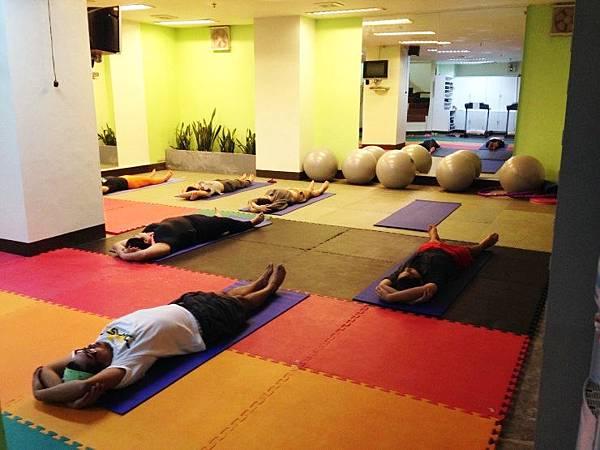 monol-yoga-grace03