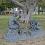 迷宮花園旁 雕塑.JPG