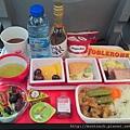 豐盛的日航飛機餐(巴黎-東京)