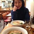 在Kadoya吃拉麵配日本啤酒