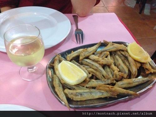好吃的炸鳳尾魚 Restaurant du Port de Pêche (Casablanca)