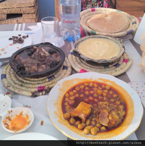 主菜及蠶豆湯