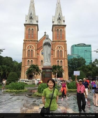 聖母大教堂 (Notre Dame Cathedral)