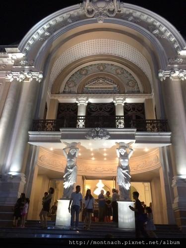 晚上的西貢歌劇院 1
