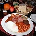 The Castle Hotel附的傳統愛爾蘭早餐(份量很夠).jpg