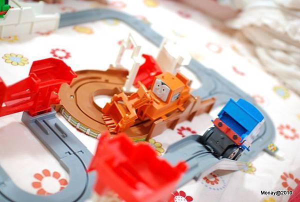這組小火車很超值喔!