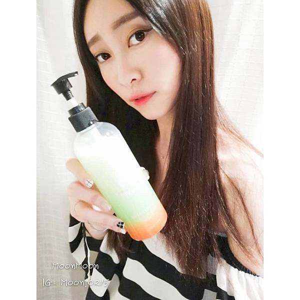夏翠絲-酵母萃取控油洗髮乳(300ml).jpg