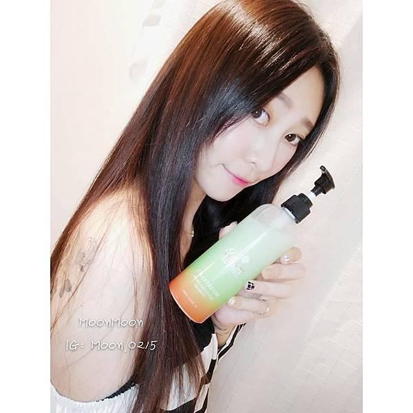 夏翠絲-酵母萃取控油洗髮乳(300ml)18.jpg