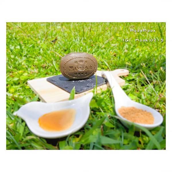 蜂王黑砂糖香皂1.jpg