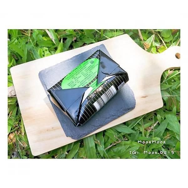 蜂王黑砂糖香皂12.jpg