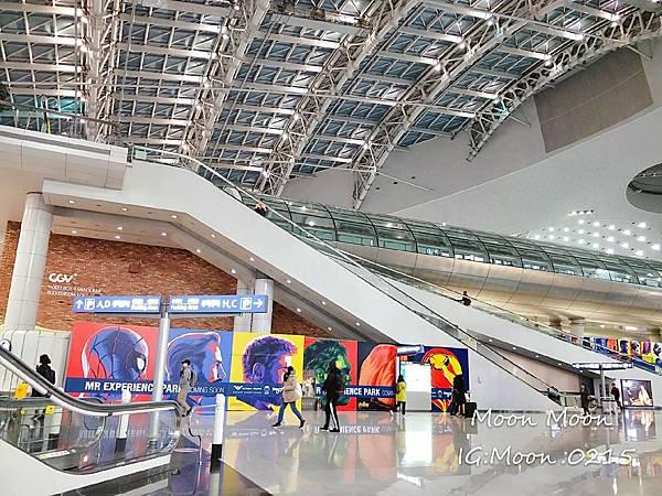 韓國首爾仁川 機場捷運 到弘大_190129_0006.jpg