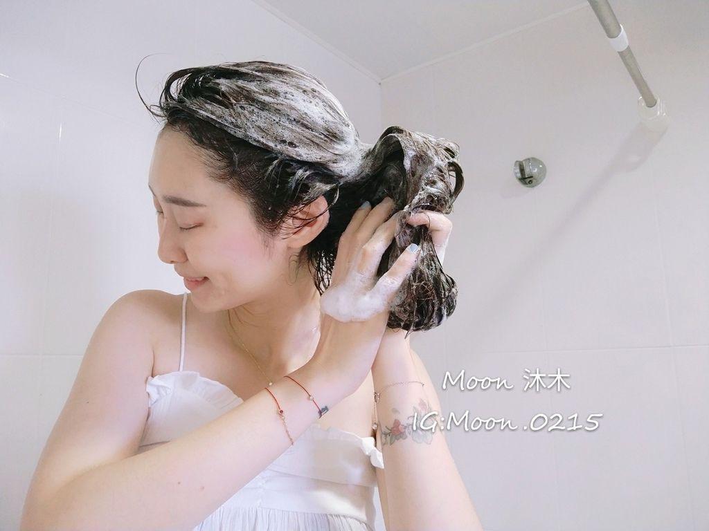 日本 %26;herb洗髮精 評價 開箱植萃豐盈洗髮精 植萃頭皮舒活髮膜 植萃豐盈護髮乳 植萃豐盈護_5.jpg