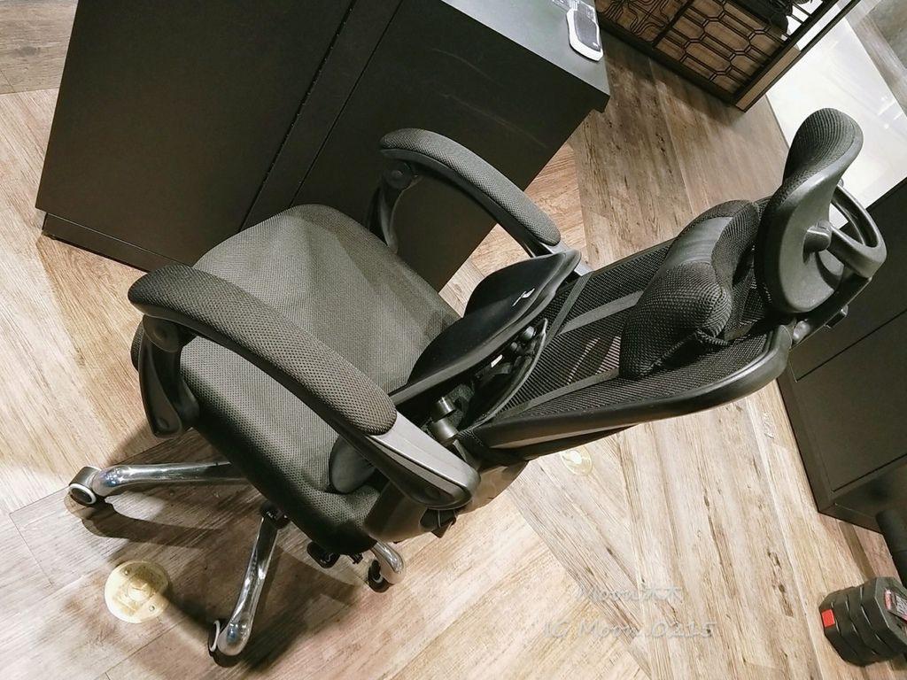 未來實驗室評價 開箱 品質推薦 電腦椅 平價氣炸鍋 開箱空氣清淨機_200303_0017.jpg