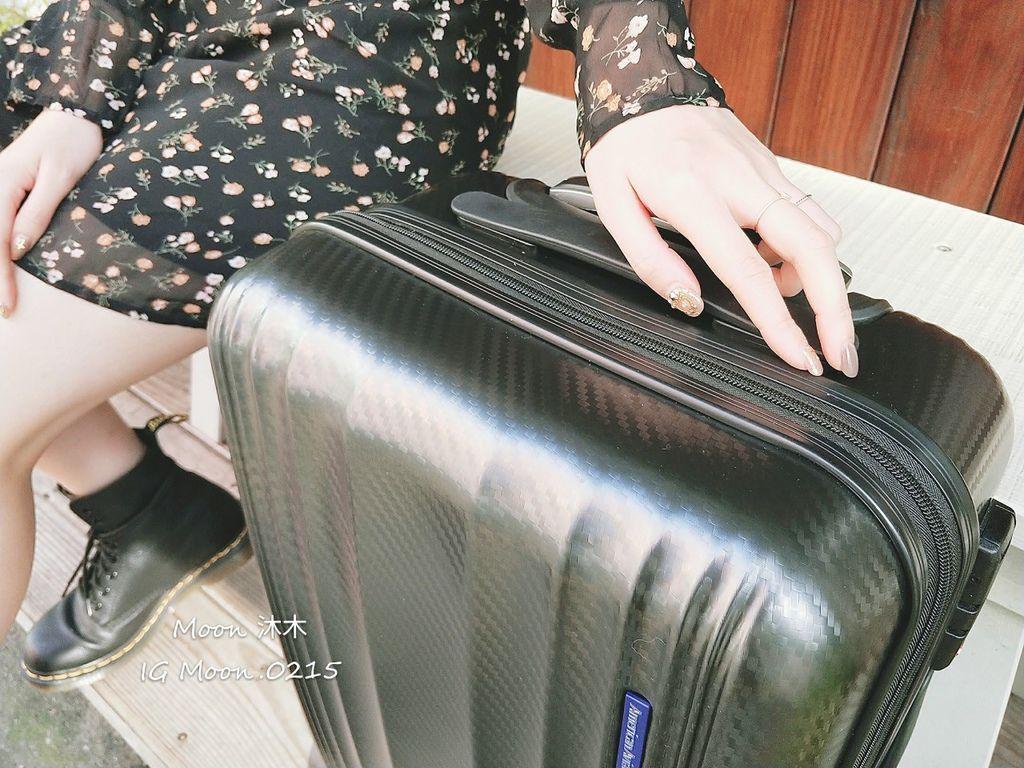 行李箱20吋 登機箱推薦 超輕_200308_0002.jpg