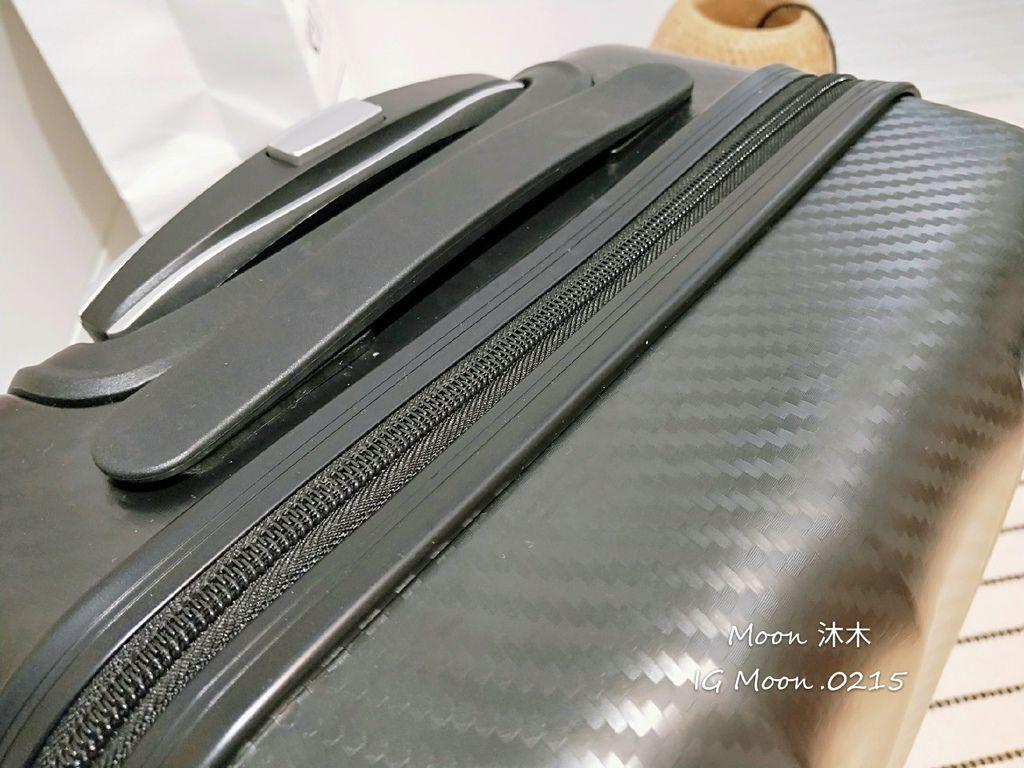 行李箱20吋 登機箱推薦 超輕_200308_0016.jpg