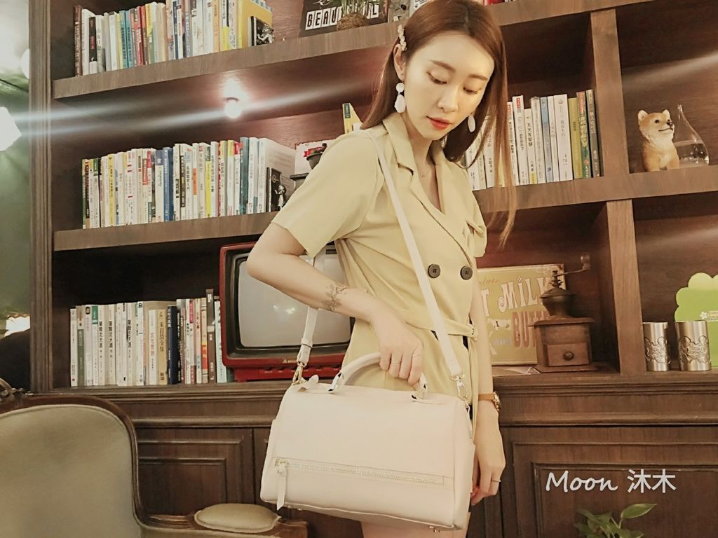 夏秋季一週穿搭RM包包 ROBINMAY 包包評價 新款 門市地址 繡球幾何手提包 熱賣包_200701_64.jpg