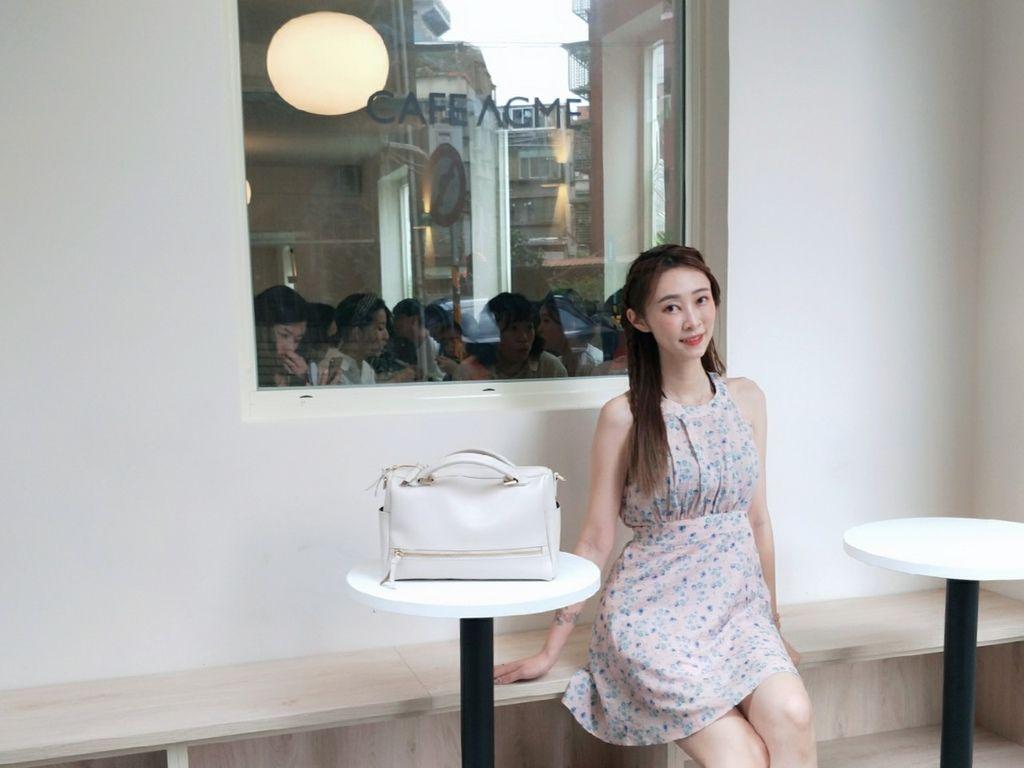 夏秋季一週穿搭RM包包 ROBINMAY 包包評價 新款 門市地址 繡球幾何手提包 熱賣包_200701_0.jpg
